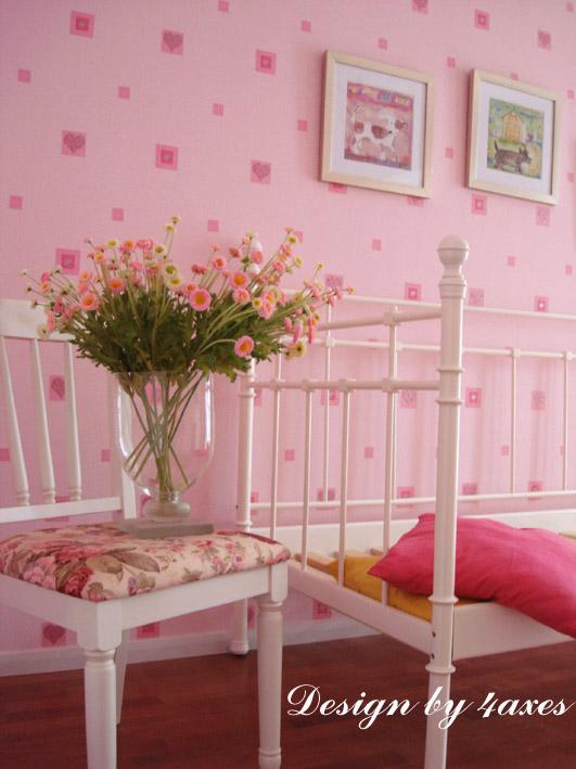白色和粉色欧式卧室装修