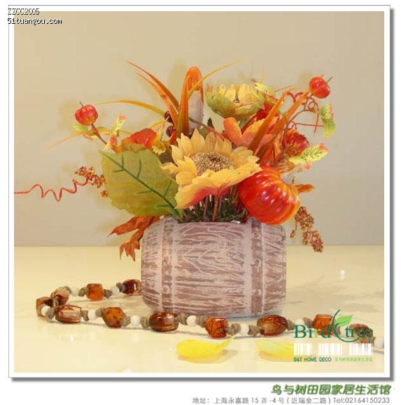 田园风格成品花艺--木制酒桶造型金秋装饰花艺