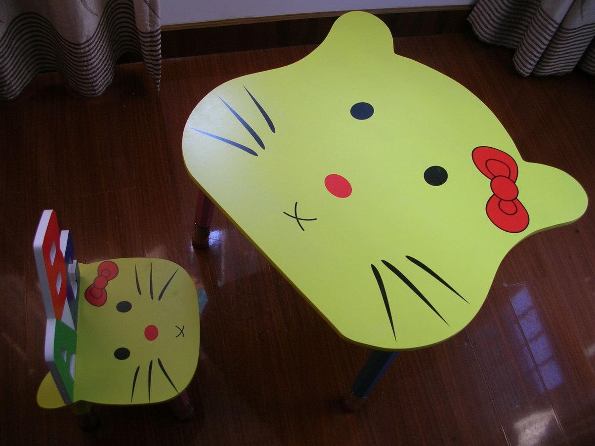 儿童卡通椅子桌子