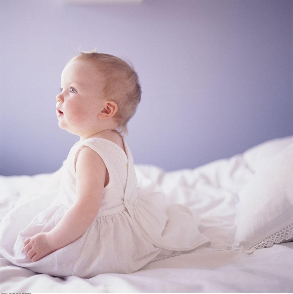 给大家发一些可爱宝宝的图片