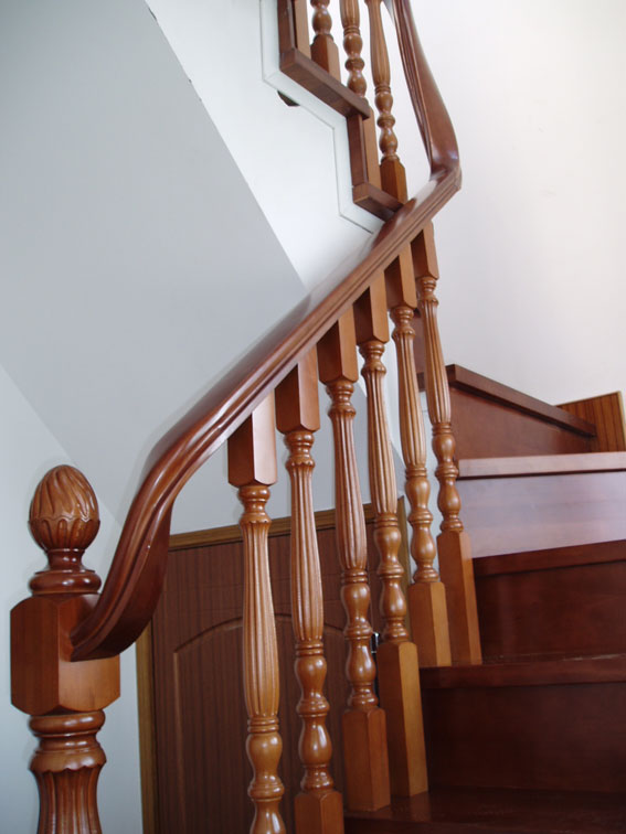 木楼梯扶手弯头图片