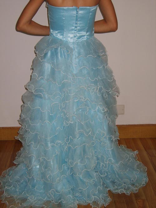 层层蛋糕裙礼服和双排珠片旗袍!