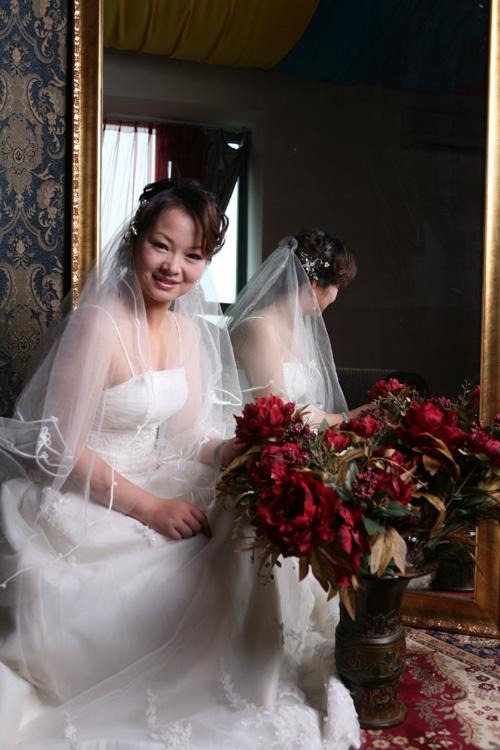 齐刘海婚纱发型胖妞分享展示图片