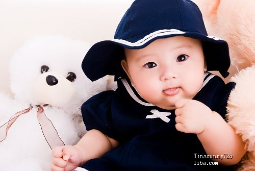 大眼睛的漂亮宝宝 百天照新鲜出炉啦~~~~~