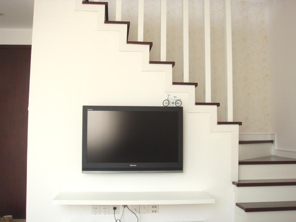 欧式电视机背景带柱子