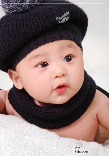 可爱大眼睛男宝宝图片