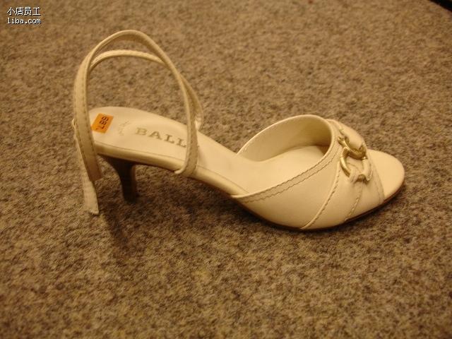 bally女士凉鞋02 侧面