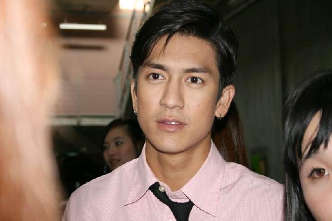 一个超级大帅哥的泰国明星,1/4华人血统(大量美图) ※杰西达邦※ 8月
