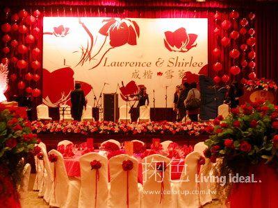 欧式红色婚礼迎宾区喷绘图片