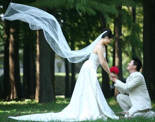 森林公园+七宝古镇)*(小胖妞+小眯眼)=桔子摄影图片