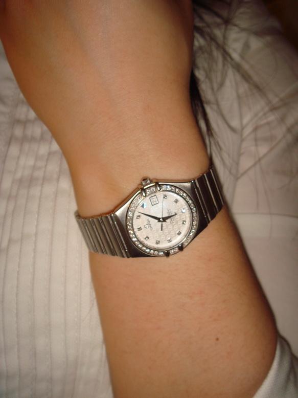 30左右的女性带什么手表合适?