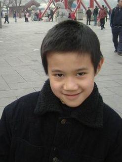 寻找可爱的小朋友黄嘉铭