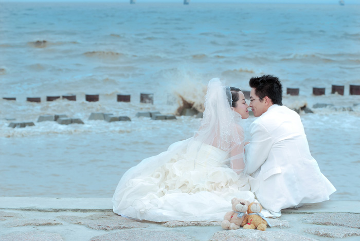 像 偶和老公的婚纱大片哦 风车之恋 可爱的学生情侣 尊贵油画篇