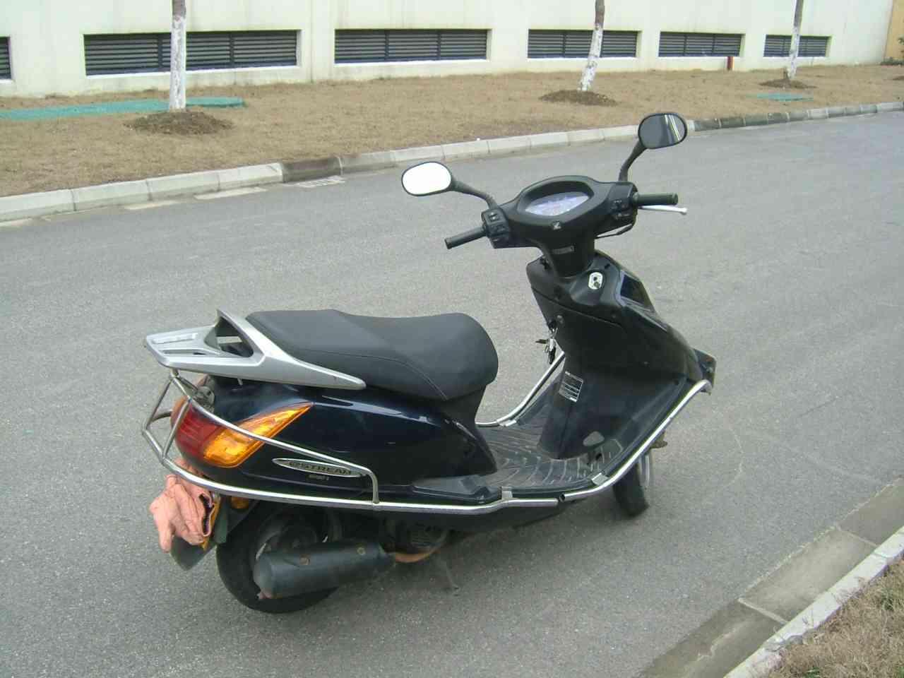 个人闲置五羊本田125-2踏板摩托车