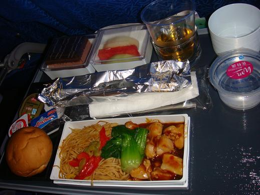 louzhenyan发表于2009-04-20            我们没有订飞机餐