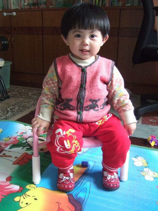 周岁了,想给她理个好看的发型; 两岁男宝宝短发发型_两岁女宝宝短发