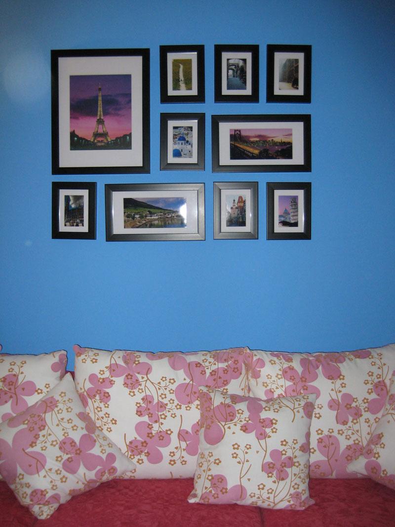 蓝色调手绘房屋插画