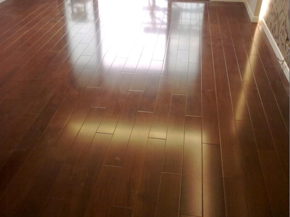 我地板颜色么放