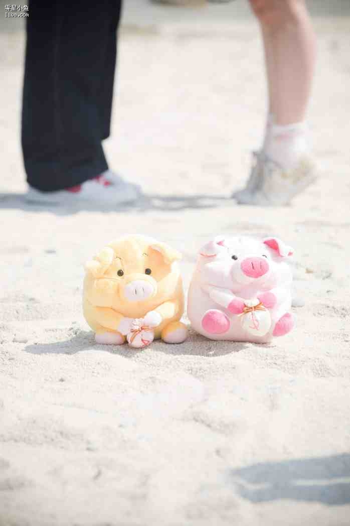 两只小猪的婚纱照呵呵 摄影师大卫 化妆师雪川 拍摄于5 22