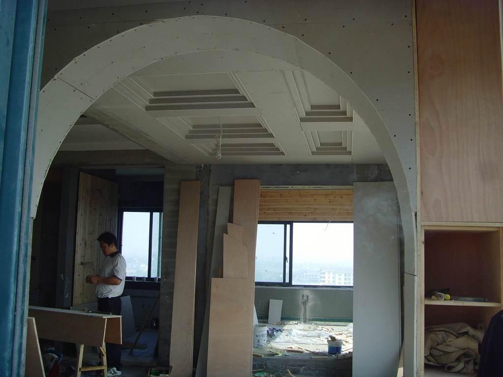 欧式 客厅拱门隔断