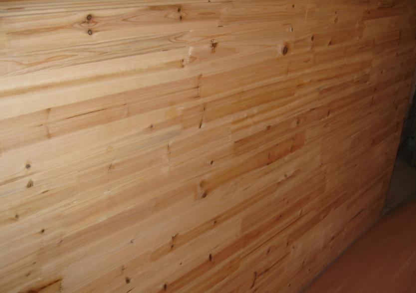 杉木板的正面哦.好多结吧?呼呼