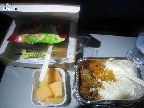 上张南航cz3836航班的飞机餐