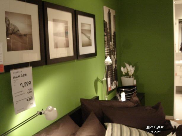 客厅绿色大理石地砖装修图