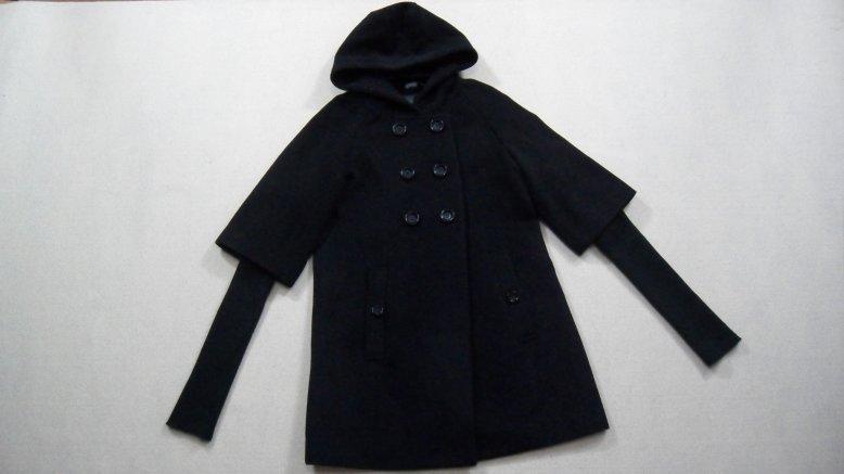 烟灰色大衣围巾搭配