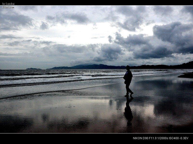 普陀山看海; 女生背影看海头像图片大全