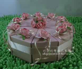 想用蛋糕喜糖盒装德芙,大家一般装多少粒阿