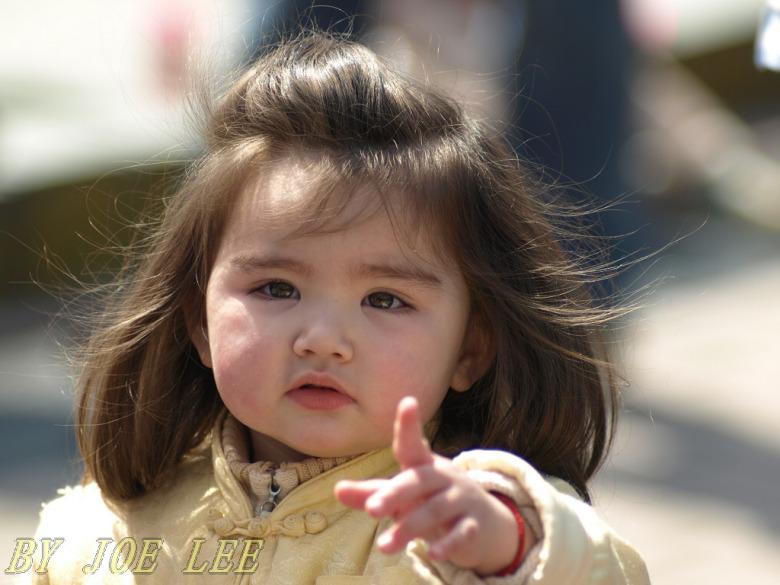 标题:小女孩; 刘小瘦的标签; 可爱的小孩