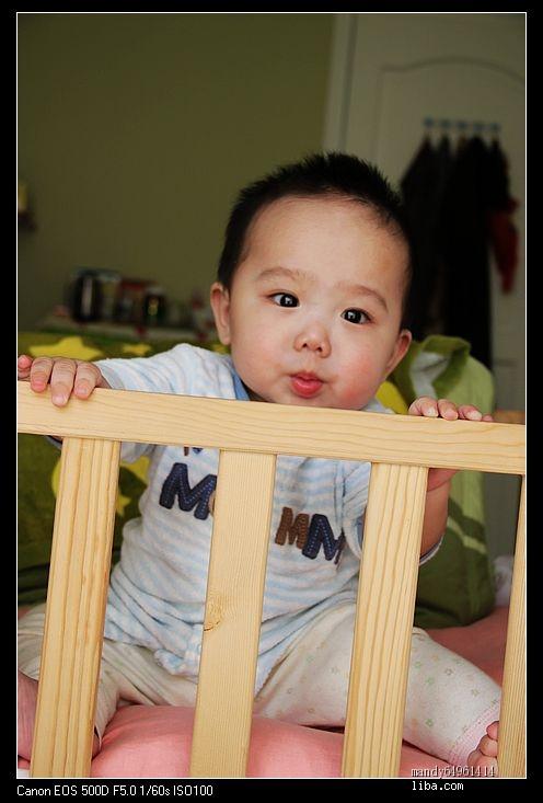 宸宸宝宝快八个月了,是个超级可爱的微笑天使!