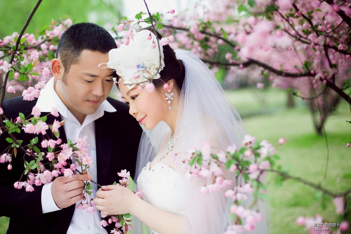 桃花朵朵开共谱爱的恋曲  -范家门前的团子的婚纱照咻咻,大眼睛老公