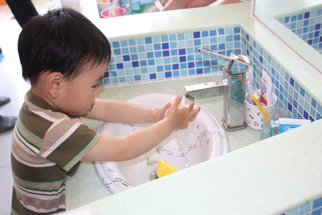 视频 花样 活动/做完活动后去可爱的小小洗手台自己洗手~