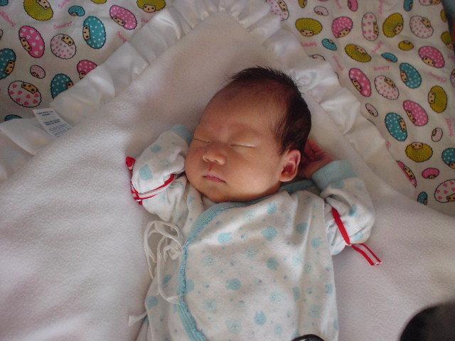 爆儿子睡姿,半小时内两种姿势 里面有很多LB宝宝可爱的睡姿