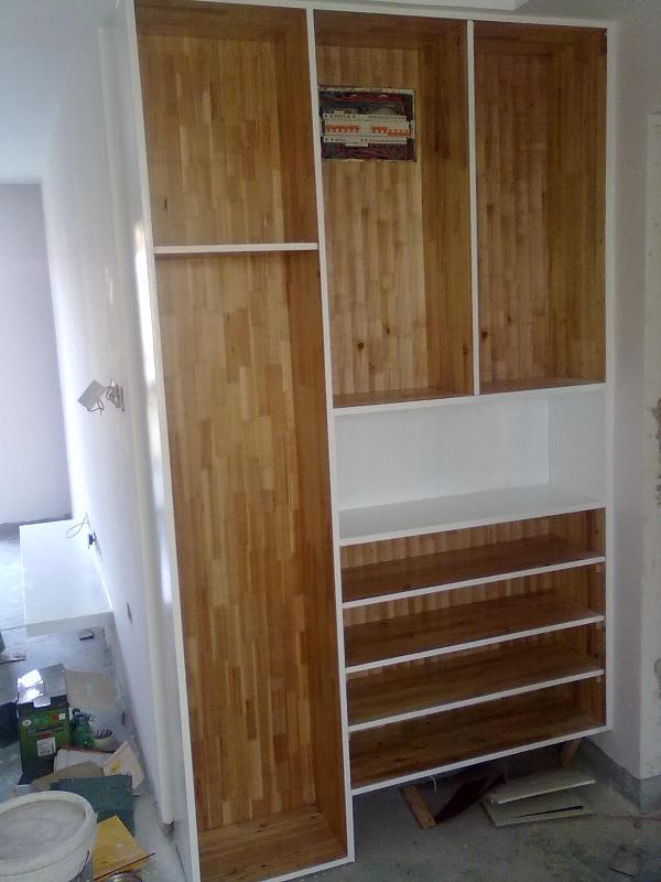 4. 进门玄关柜 清水 水曲柳木纹