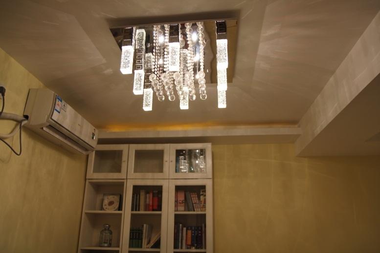 主题:55平两室一厅老房子翻新,两大一小的实在生活,宜家+韩式+松木