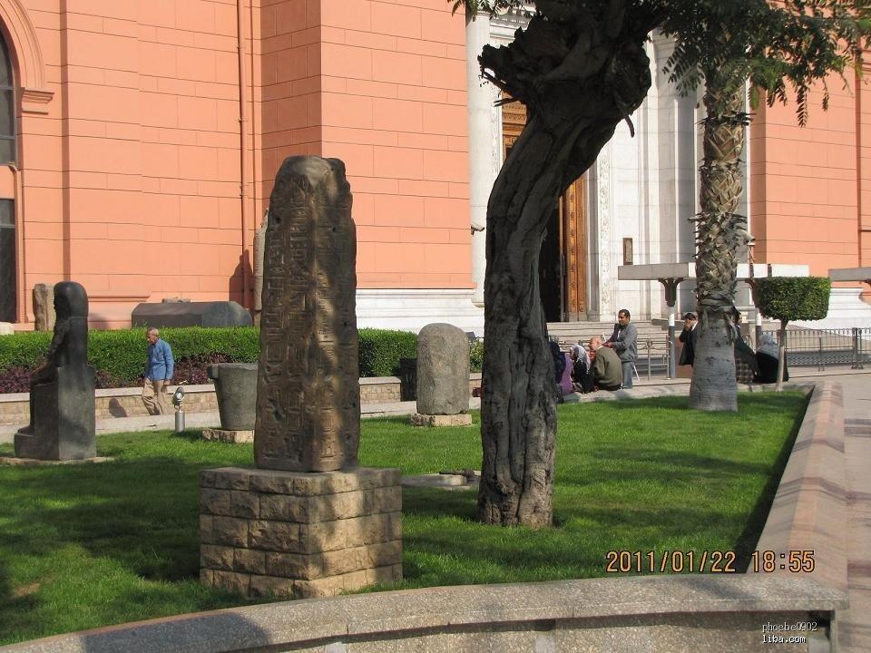 希腊罗德港巨人雕像