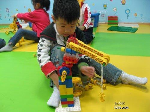 乐高课程幼儿塔吊