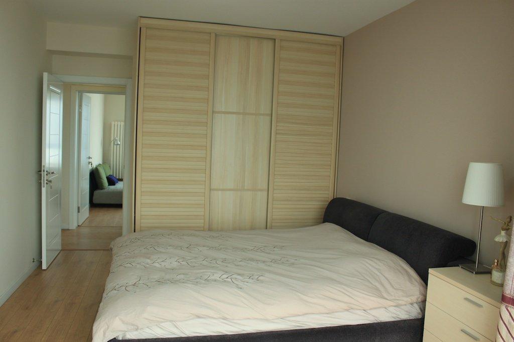 卧室床柜装修效果图