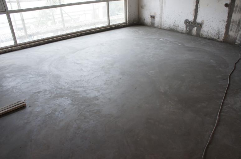 美式浅灰色地板装修效果图-灰色墙美式装修图片