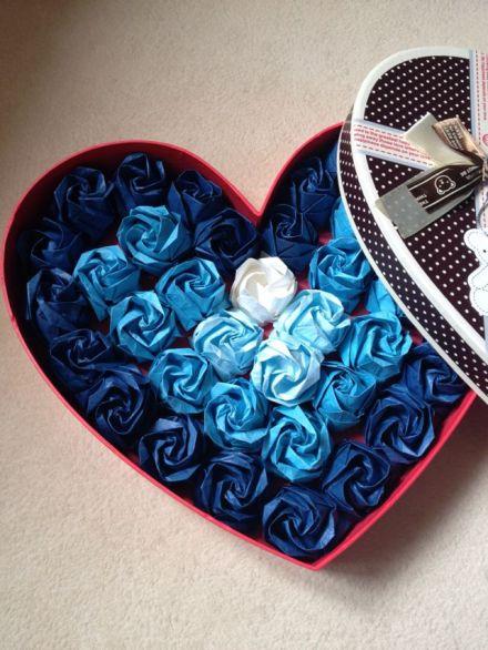 川崎折纸玫瑰花成品礼盒/创意生日