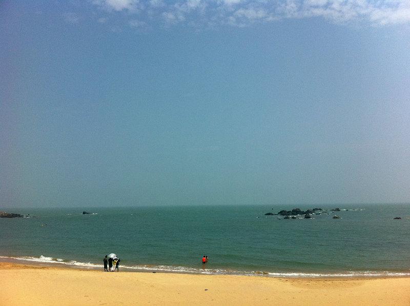 这个景区具有山青,水曲,石趣,峰奇,境幽,气爽的特点,是桃花岛女龙旅游