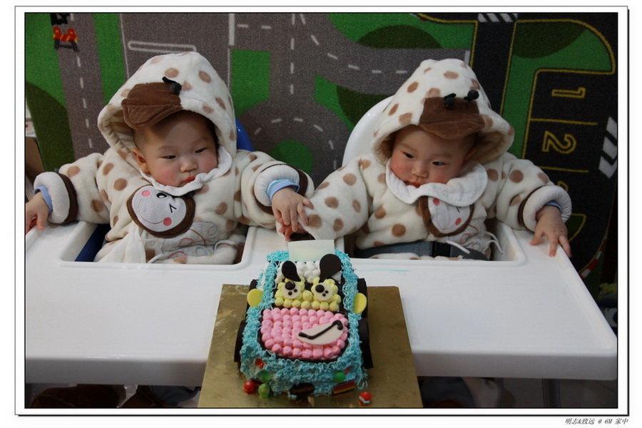 双胞胎龙宝宝loius&lucas的成长日记〓国妇婴亲子