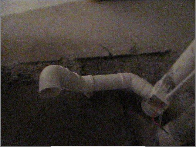急求助:墙排马桶孔径与排污管不匹配