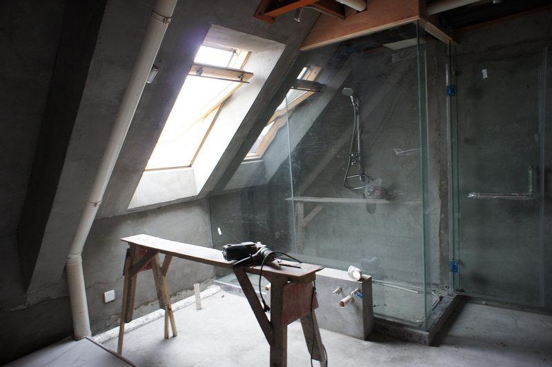搭配各种钢结构和金属灯
