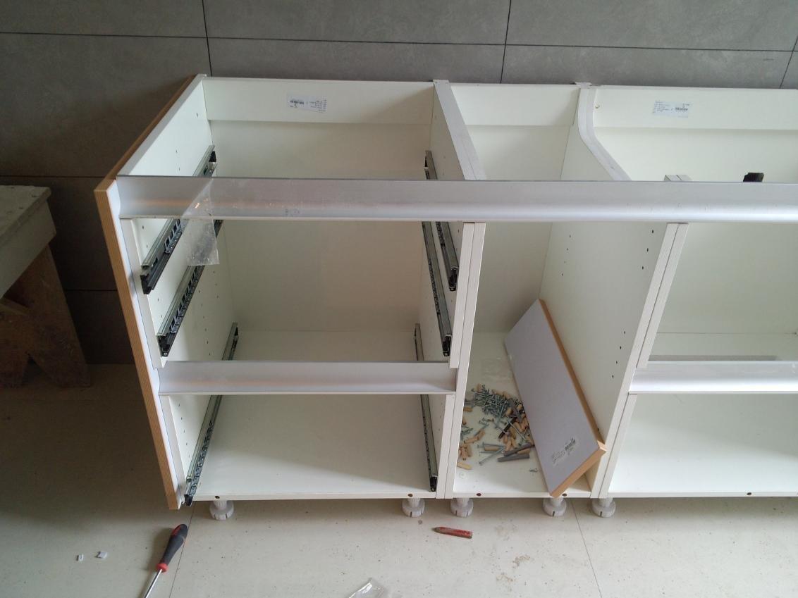 欧派橱柜安装,视频野兔从早晨8;30开始安装一两个师傅窝图片