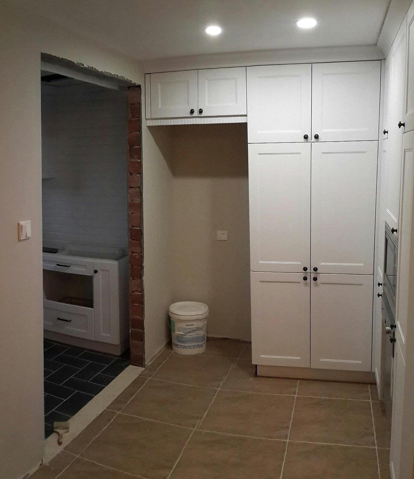 高柜连厨房图片