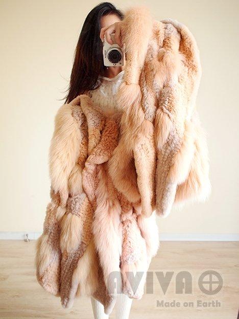 衣衣是由狐狸+獭兔+真丝雪纺编织而成 4.