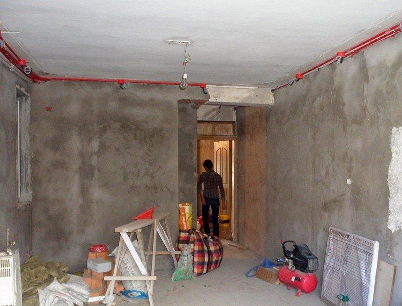 墙排马桶怎么砌墙贴转